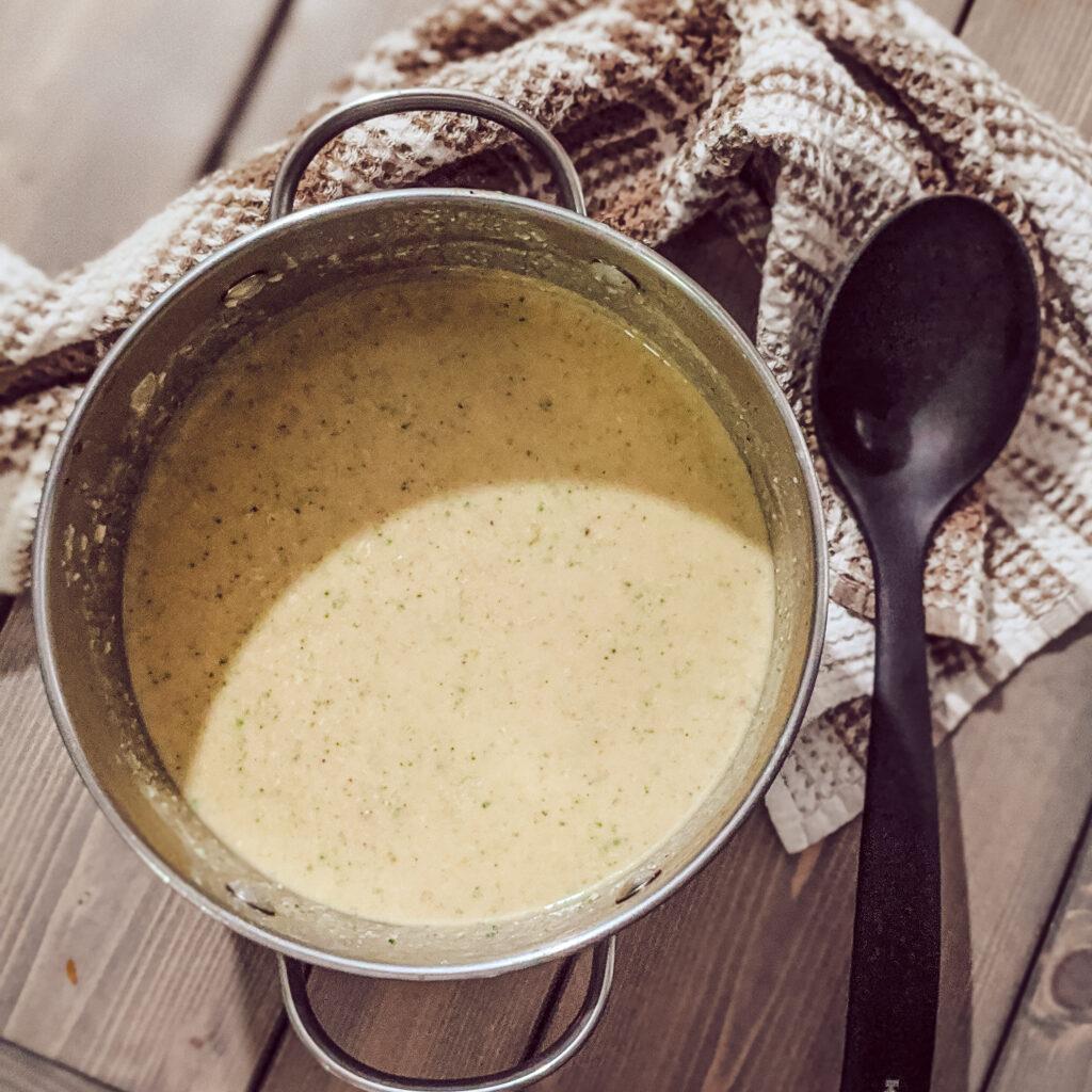 broccoli and cheese soup pot_christinachandra.com